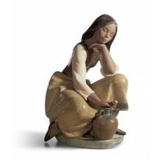 """Статуэтка """"Девушка с кувшином"""" Lladro 01013525"""