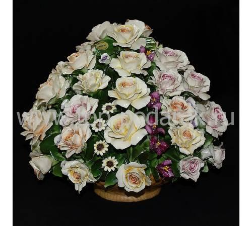 """Декоративная корзина """"Розы с садовыми цветами"""" Artigiano Capodimonte 2012/61/mix"""